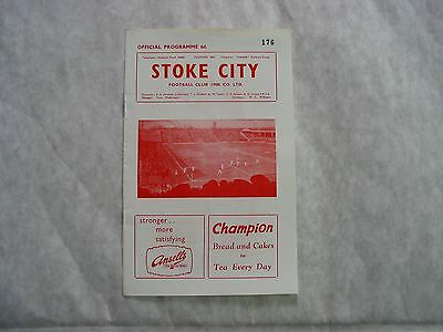 Stoke City v Middlesbrough 1961-2 Vintage Football Programme, Excellent Cond