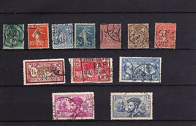 12  beau   timbres  perfores   france