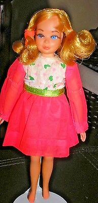 Vintage Barbie: Dramatic New Living Skipper Doll in Budding Beauty