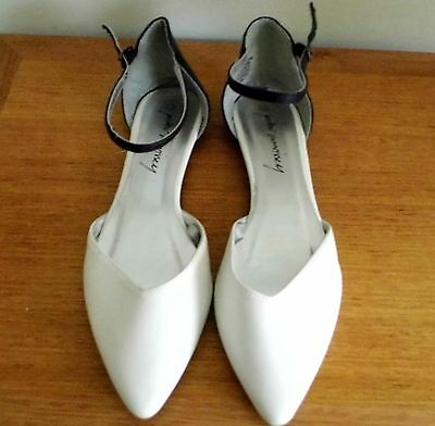 Ladies Flat Shoes by *Peter Morissey * Size 11- White/Black- Near New