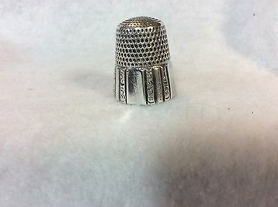 Vintage Sterling Silver Simmons #10 Thimble In Excellent Condition