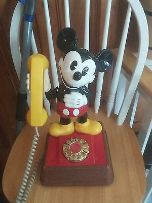 Vintage Mickey Mouse Walt Disney Rotary phone 1976 works great FREE SHIPPING