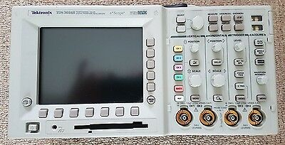 Tektronix TDS3034B - 4 Ch 300MHz Digital Oscilloscope 2.5GS/s