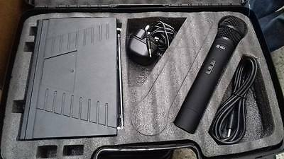 single Handheld VHF VH2 Pro Microphone System in Carry Case  - freepost