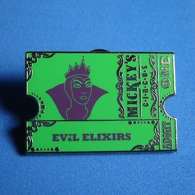 Evil Queen Mickey's Circus Sinister Sideshows Mystery Chaser Pin LE 100 RARE