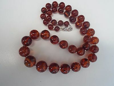Natural Baltic amber necklace - 25.6 grams