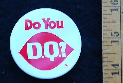 [ 1970s DAIRY QUEEN Pinback BUTTON - Do you D.Q.? - Vintage ]