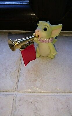 pocket dragon - ta ta ta tah! dated 2001 excellent condition