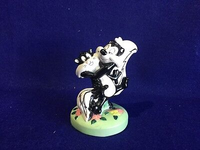Looney Tunes, Warner Bros., 1989, Collectible Pepe Le Pew Ceramic Figure