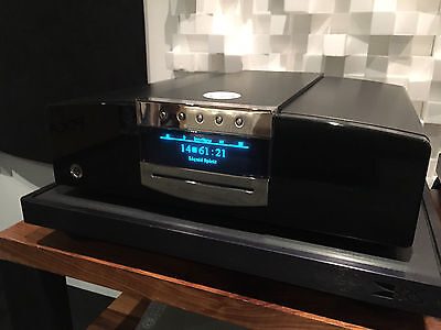 MBL Corona C31 CD player Black/Silver(Palinux) finish