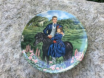 """Collector Plate """"Bonnie and Rhett""""-- Knowles--  Gone with the Wind"""