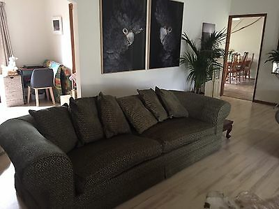 Molmic Couch Sofa 3 Seater X2, Victorian Classic Style