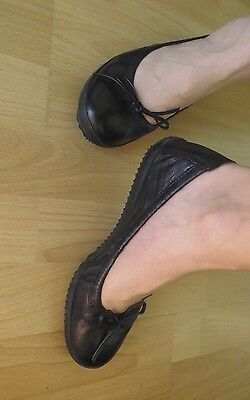 Ladies Leather slip on ballet style pumps flats by Clarks brand