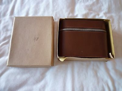 Vintage Men's Travelling Grooming Kit in original leather case and box