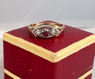 LOVELY 18ct 18K Yellow Gold Art Deco Style Ruby and Diamond Ring SIZE Q