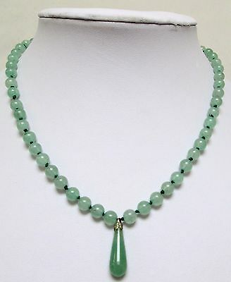 Good quality vintage hand knotted jade bead necklace