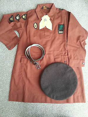 1970's Brownie uniform / Girl Guides