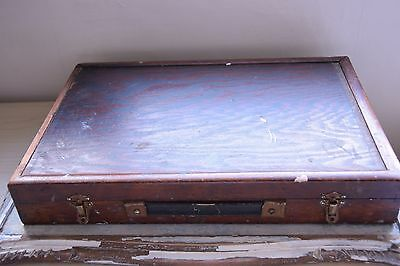 Vintage Artist Painting Box - Old Painting Storage -Vintage Section Painting Box