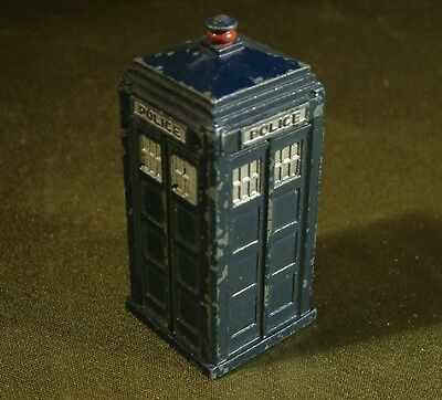 VINTAGE DINKY TOYS TARDIS POLICE BOX Dr Who