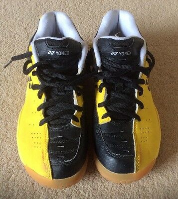 Yonex Badminton Indoor Court Shoes Size 4