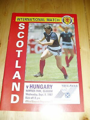 1987-88 FRIENDLY INTERNATIONAL – SCOTLAND v HUNGARY