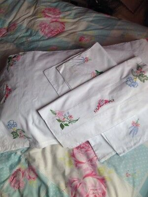 Vintage 70s White Cotton Large Pillowcases X 3 Embroidered