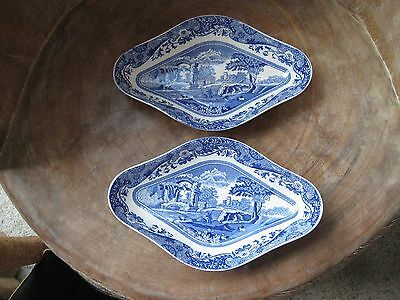 Spode - ITALIAN SPODE DESIGN Blue & White x 2 small shaped Dishes