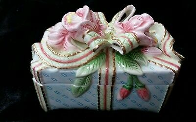 Fitz & Floyd Essentials Floral Porcelain Trinket Box Roses Ribbons