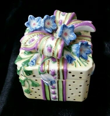 Fitz & Floyd Essentials Porcelain Trinket Box Floral yellow blue purple Present
