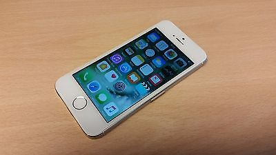 Apple iPhone 5s - 32GB - Silver / White (Unlocked) Smartphone