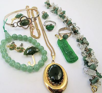 Collection vintage jade jewellery (pendants, brooches, bracelets, earrings etc)