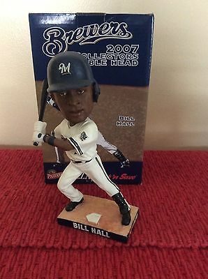 2007 Milwaukee Brewers Bill Hall Bobblehead With Detachable Baseball Bat!