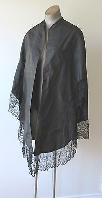 Antique Vintage Victorian Silk/Lace Shawl