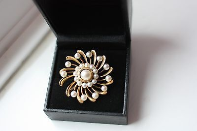 Fab Vintage 14 ct solid Rose Gold brooch with pearl 11g bigger size repair