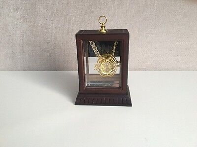 Harry Potter Noble Collection - The Time Turner Replica Necklace In Display Case