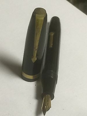 Vintage Conway Stewart Fountain Pen. Open To Offers.