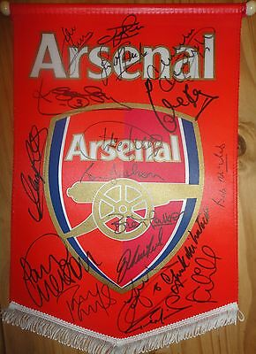 SIGNED ARSENAL PENNANT-signed by 18 Mariner-McLintock-Merson-Parlour-Radford