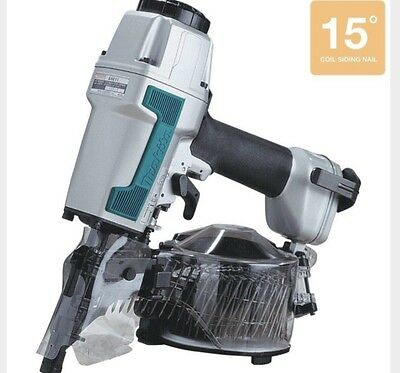 NEW* Makita AN611 2 1/2 in. 15 Degree Siding Coil Nailer Gun With Case