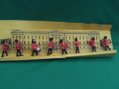 Charbens Straight 8 Figure Marching Guards Band Set