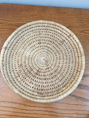 """Vintage Small woven 12"""" Round Basket Decrative tray Natural"""
