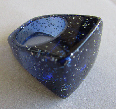 Vintage Chunky Lucite Ring Dark Blue with Silver Glitter Size 6 Hippy Disco