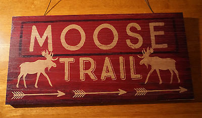 MOOSE TRAIL Arrow Rustic Red Wood Lodge Log Cabin Home Decor Sign NEW