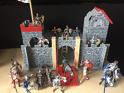 LE TOY WOODEN CASTLE SET WITH 15+ Characters, ELC FIGURES, KNIGHTS, MERLIN