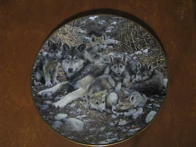 Bradford Exchange Den Mother Wolf Collector plate by Carl Brenders