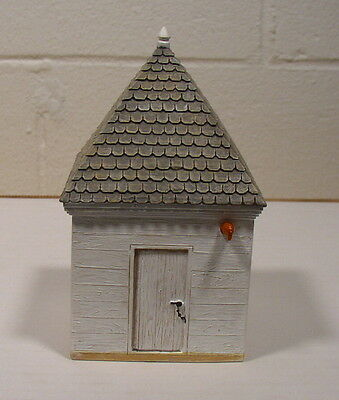 Lang & Wise Colonial Williamsburg Smoke House Very Nice condition/No Box
