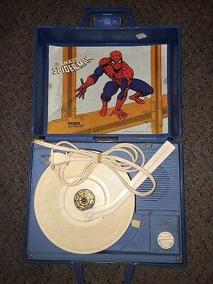 VINTAGE Tiger Electronic Toy THE AMAZING SPIDER-MAN RECORD PLAYER WORKS