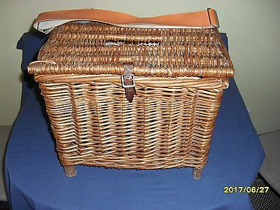 Rustic Vintage Wicker Fishing Basket/Creel Tackle Storage Box/Hamper/PetCarrier