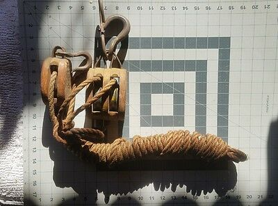 U.S. Navy wooden block and tackle usnrb size number 4