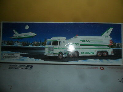 1999 Hess Toy Truck and Space Shuttle with Satellite; NEW IN BOX **FREE SHIPPING