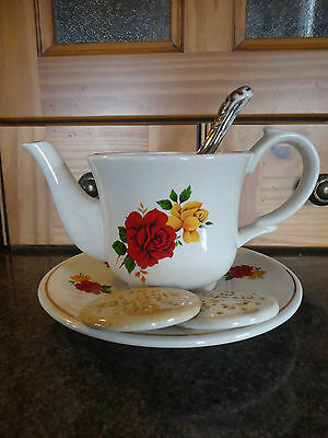 Vintage Cardew South-West Ceramics Cup & Saucer with Rich Tea Biscuits Teapot.